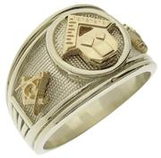 Pennsylvania Past Master ring in 14k white gold with 14k yellow PM emblem and squares & compasses on either side.